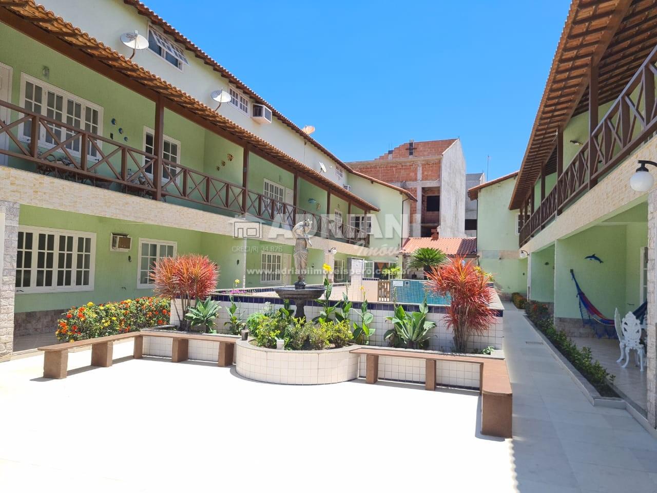 Cód: 034 Casa em condomínio com piscina no bairro do Peró, 3 quartos, Temporada, Cabo Frio – RJ