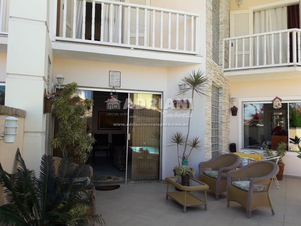 Cód.: 456 Ótima casa em condomínio no bairro do Peró, Temporada, Cabo Frio – RJ