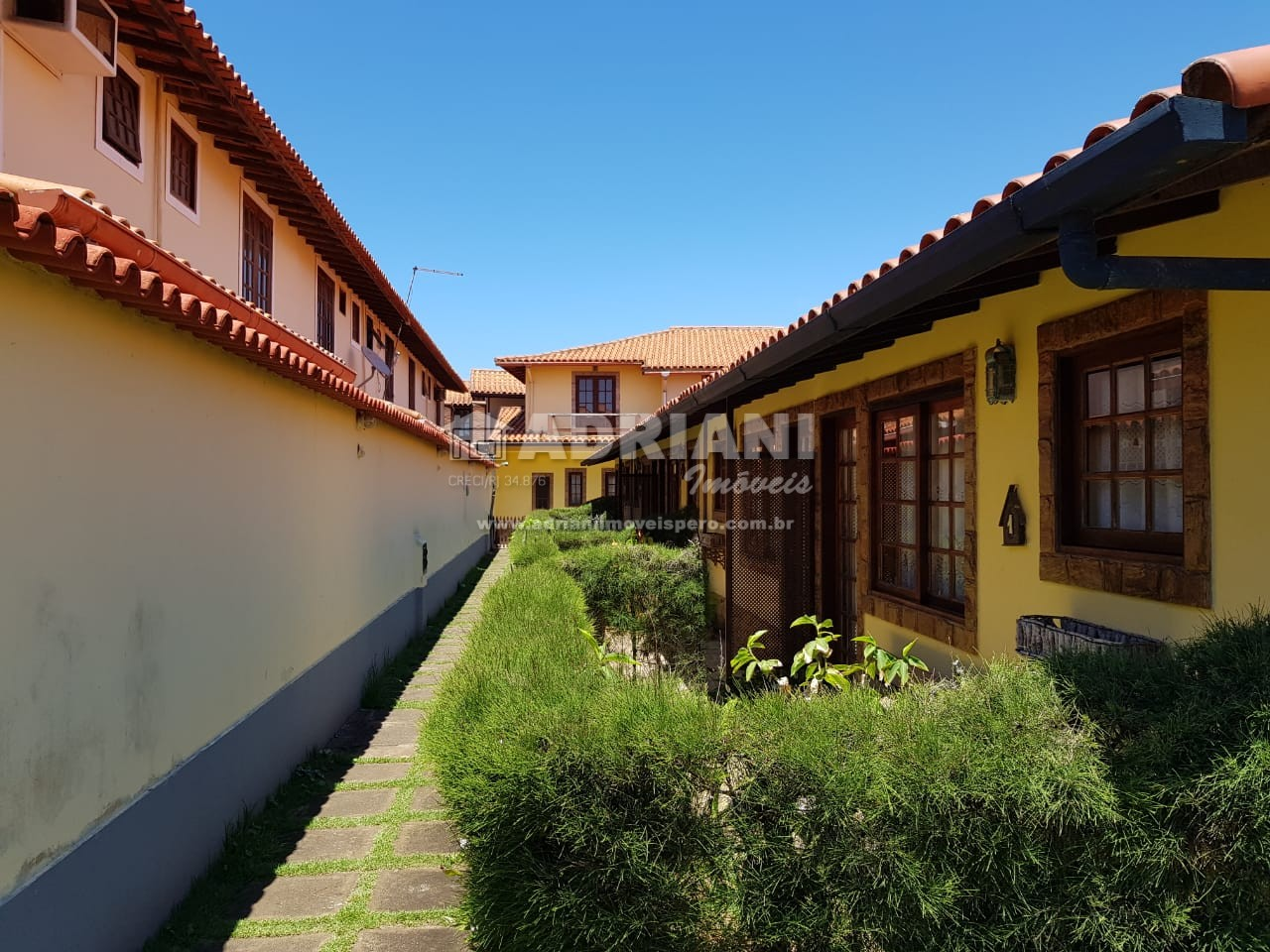 Cód.: 475 Casa em condomínio, 2 quartos, VENDA, Peró, Cabo Frio – RJ